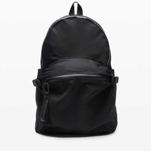 NEW WITH TAGS LULULEMON all hours backpack
